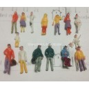 1:100 TT scale mixed figures--for architectural model building