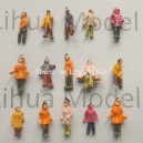 1:200 Z scale mixed figures--for architectural model building